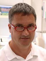 Arztporträt von Dr. József Tóka