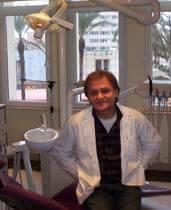 Zahnarzt Dr. Ayhan Tipi, Antalya